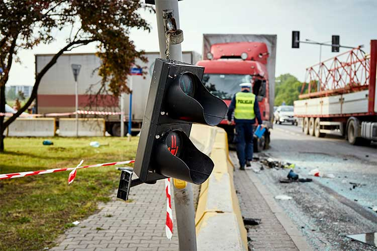 Determining fault in truck collisions